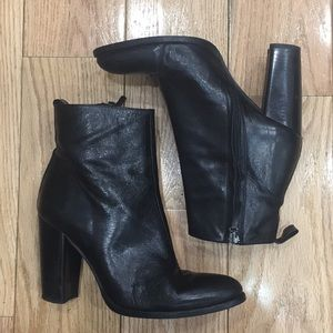 Zara Real Leather Black Heeled Ankle Boot